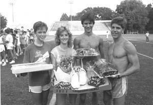 1982 Laura Grosch cake