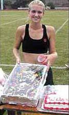 2000 Laura Grosch cake
