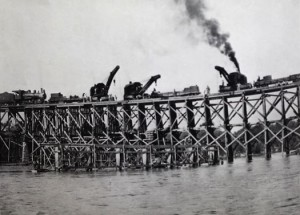Building a temporary replacement structure near Fort Mill, SC. From: Southern Railway, 1917.